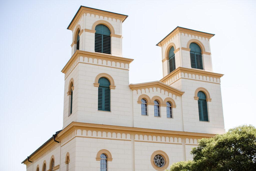 Trauung und Feiern in der Kirche Franken